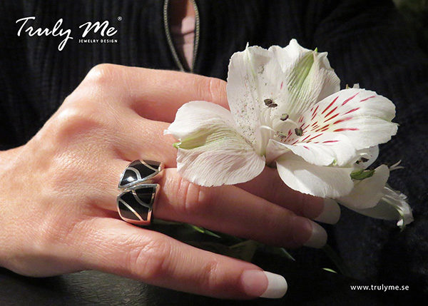 ART DECO silver ring with onyx (Truly Me Jewelry Design)