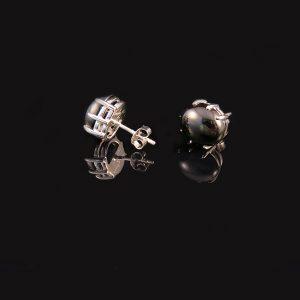 DEEP BLACK silverörhängen med onyx (Truly Me)