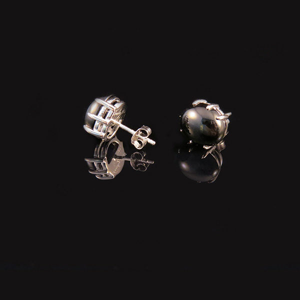 DEEP BLACK silver earrings with onyx by Truly Me Jewelry Design