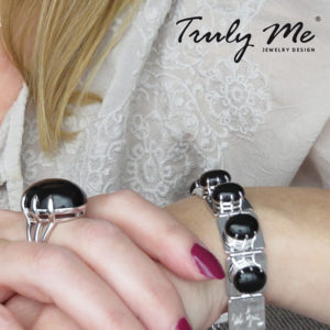 DEEP BLACK silver bracelet with onyx by Truly Me Jewelry Design