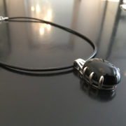 DEEP-BLACK-silverhalsband-(leather)-Truly-Me