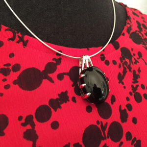 DEEP BLACK silver necklace with big onyx (Truly Me)