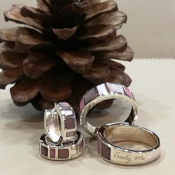 ring med pärlemor rosa och brun