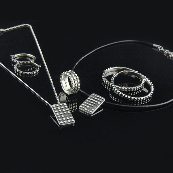 EDGE Silver jewelry set by Truly Me Jewelry Design
