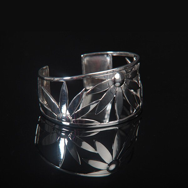 FLOWER POWER silver bracelet / bangle by Truly Me Jewelry Design