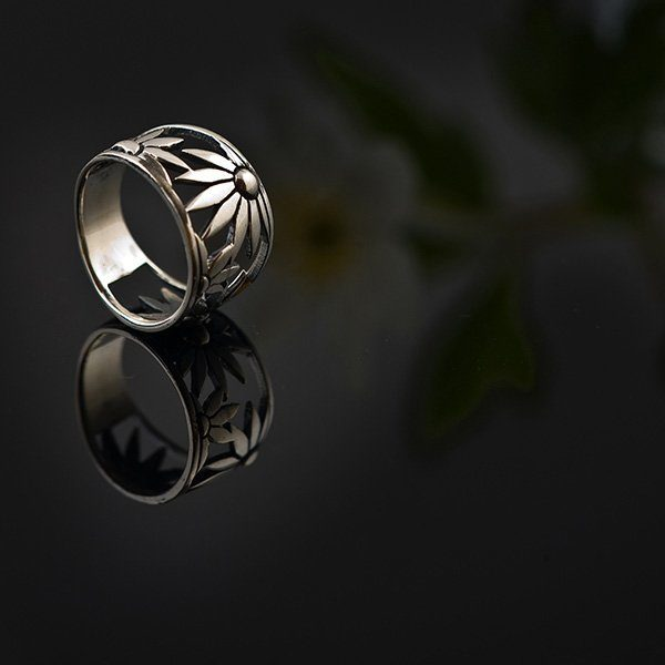 FLOWER POWER silver ring by Truly Me Jewelry Design