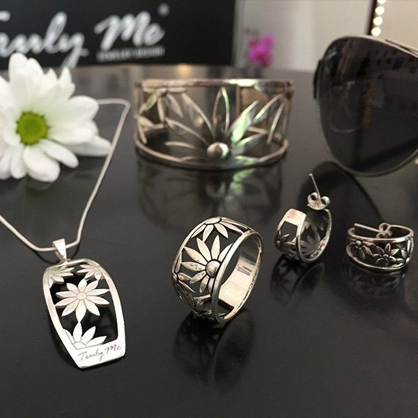 FLOWER POWER silver jewelry set by Truly Me Jewelry Design