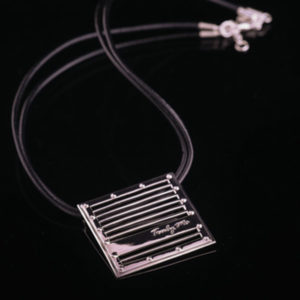 GRID silver necklace with black leather with big silver detail (Truly Me)