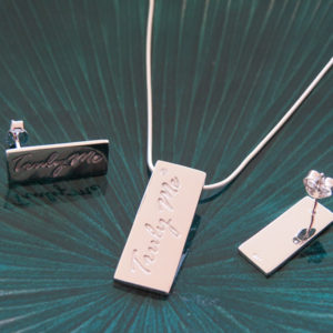 PURE silver jewelry set in stylish design (Truly Me)