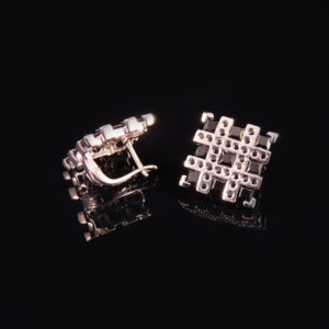 RIBBON silverörhängen med topas, ametist eller spinell (Truly Me Jewelry Design)
