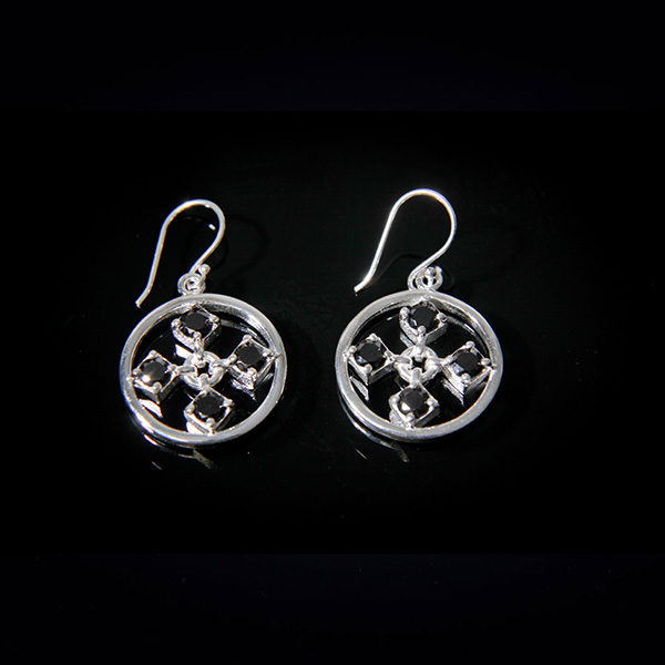 TOUCH stylish silver earrings in black cz stones