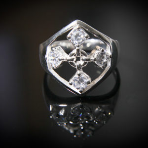 TOUCH silver ring in white cz stones