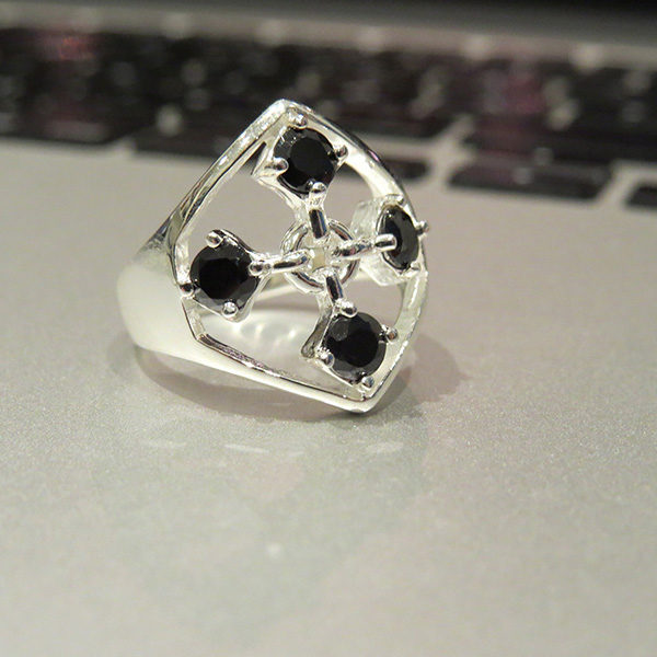 TOUCH silver ring in black cz stones