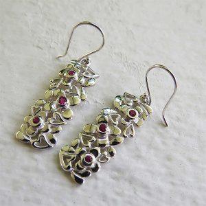 DAISY silverörhängen med hjärtan och blommor (Truly Me Jewelry Design)