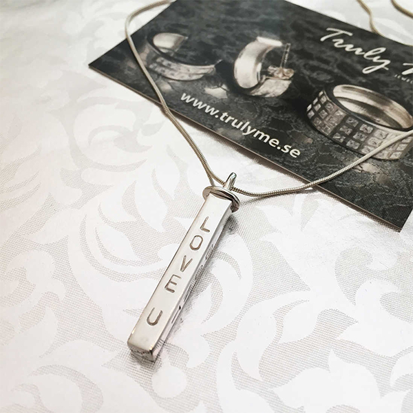 Name necklace - Truly Me silver rod (stamping)