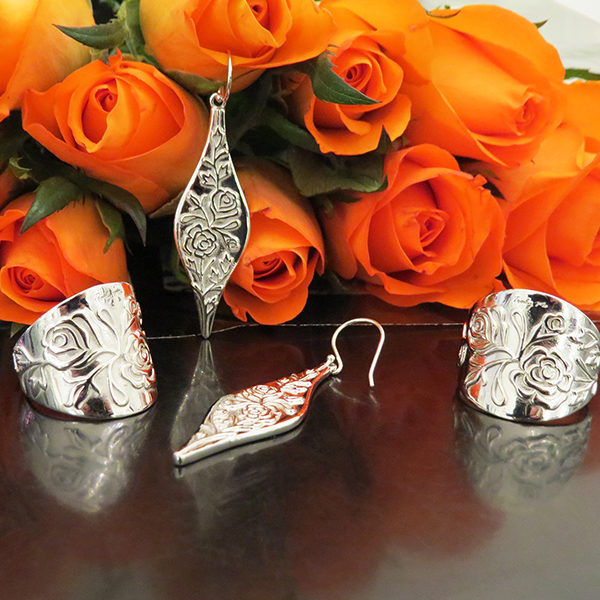 THE ROSE Silver jewelry With Patterns of Roses (Truly Me Jewelry Design)