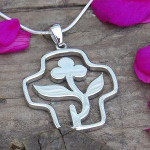 LIFE (flower) necklace Sjukhuskyrkan