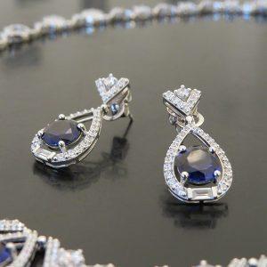 Queen silverörhängen festsmycke