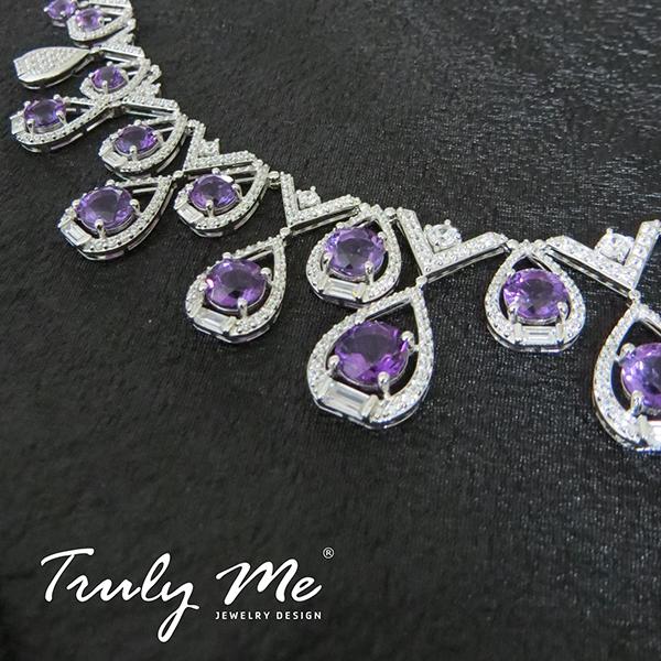 halsband med lila stenar (Truly Me)